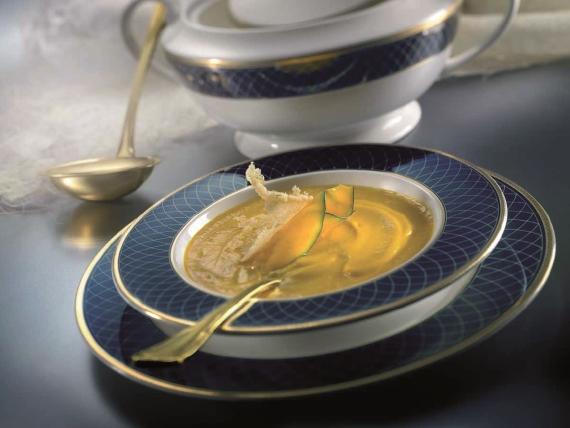 Тыквенный суп с сыром пармезан